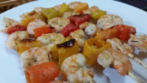 Shrimp and veggie skewer